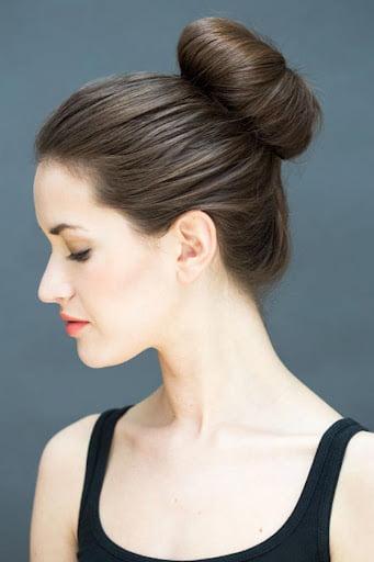 búi tóc nữ xác định khuôn mặt