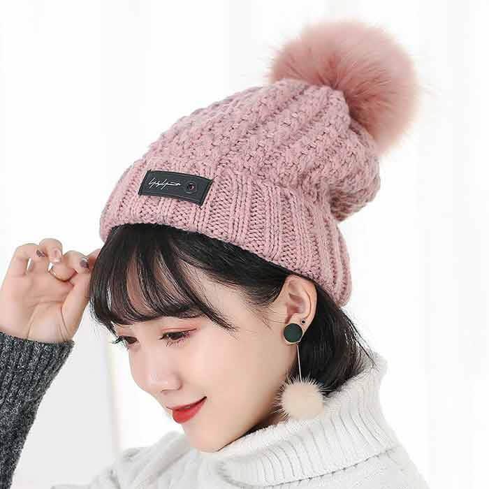 cách đội mũ len đẹp cho nữ tóc mái