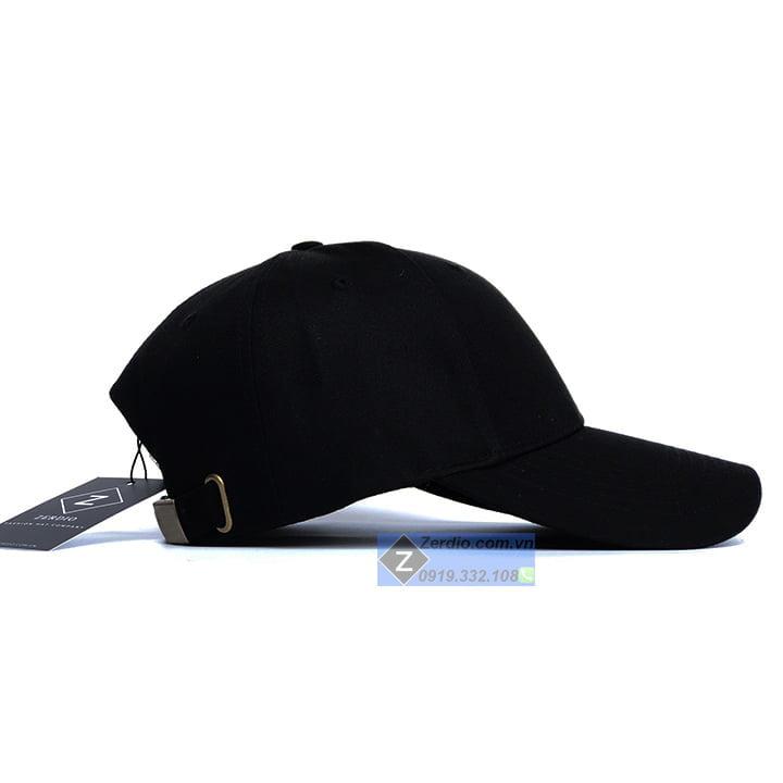 mũ lưỡi trai trơn đen