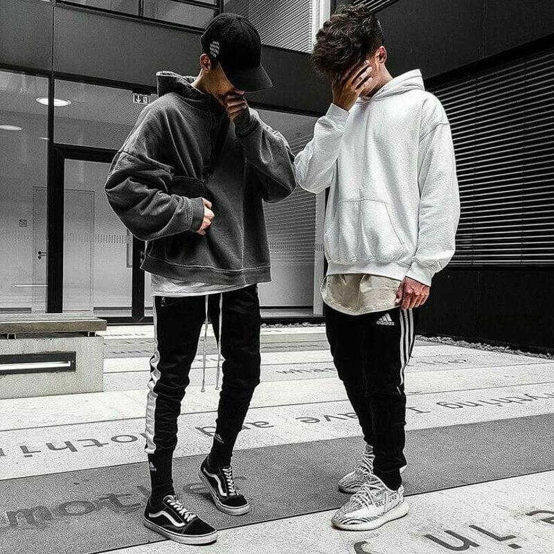phối đồ với áo hoodie nam