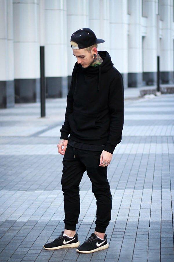 phối quần với áo hoodie nam