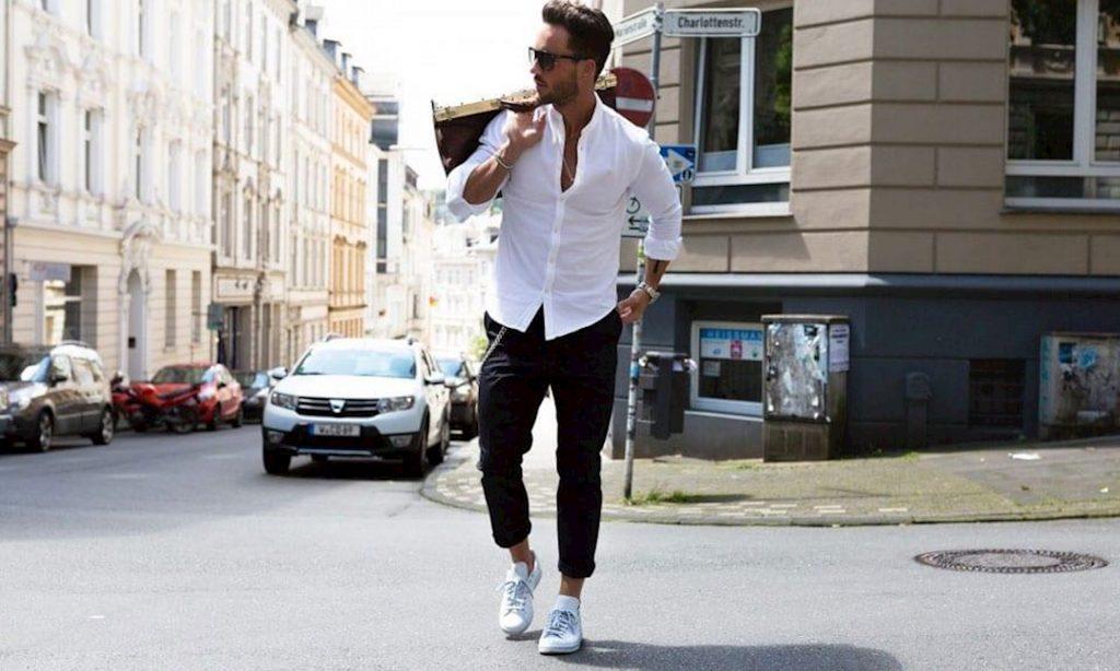 phối giày sneaker nam với quần baggy
