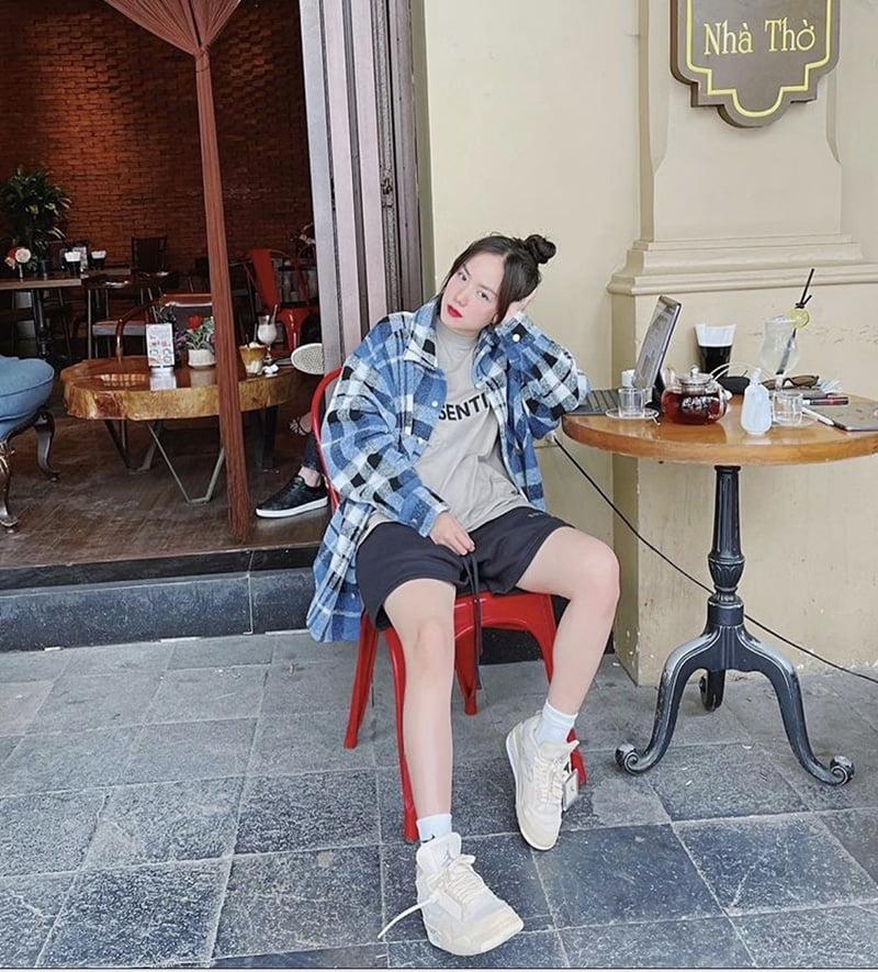 phối đồ với giày jordan nữ